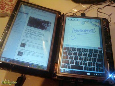 لپ تاپ با نمایشگر دوگانه